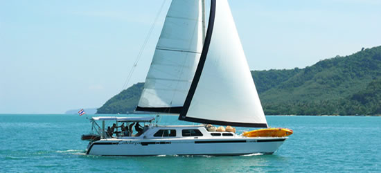 Catamaran Cataleya