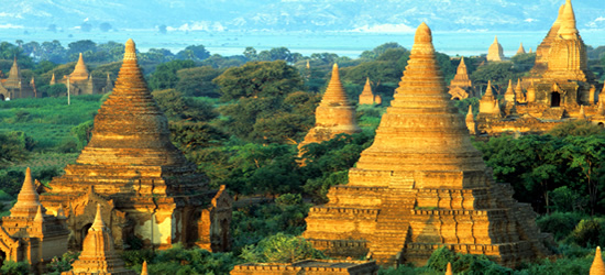 Estupas y Payas, Bagan, Myanmar