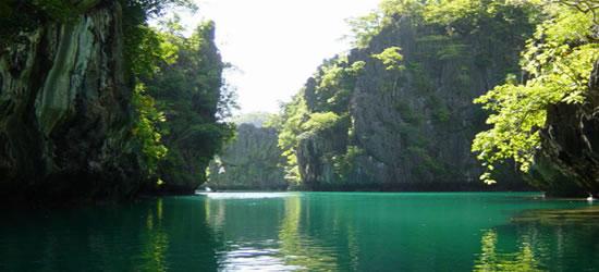 Pequeña Laguna en Miniloc