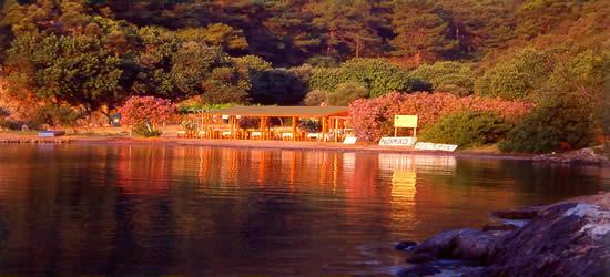 Restaurante frente al mar, Gocek