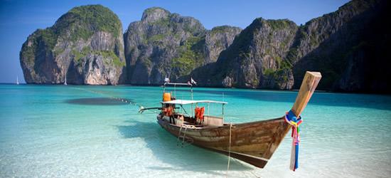 Bote en las Islas Phi Phi, Tailandia