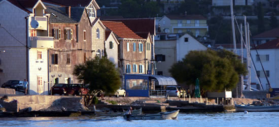 Frente al Mar, Primošten