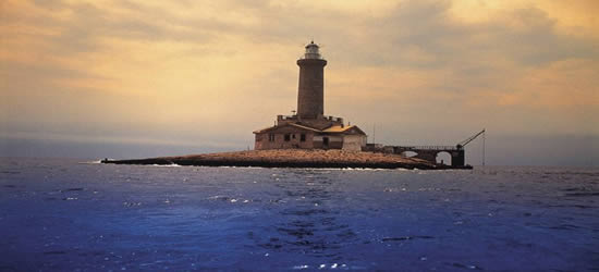 Uno de los faros de las islas Kornati