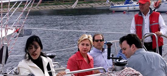 Hillary Clinton en la Carta, Verano 2004