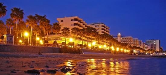Marbella, Anochecer