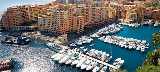 Vista elevada del puerto de Mónaco