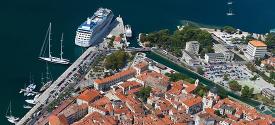 Vista aérea de Kotor, Montenegro