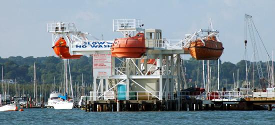 Centro de entrenamiento de botes salvavidas