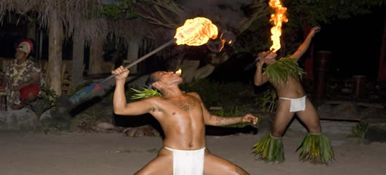 Danza tradicional del fuego, Tahití