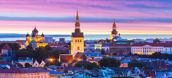 Puesta de sol increíble, Tallinn Estonia