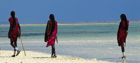 Masai en la playa