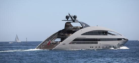 Mega Yachts, Cerdeña