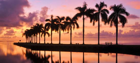 Salida del sol en Cutler Bay, Miami