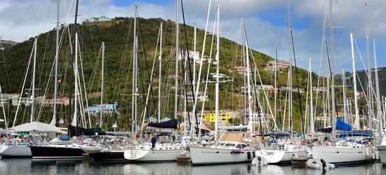 Yates en Nanny Cay, Tortola, Islas Vírgenes Británicas