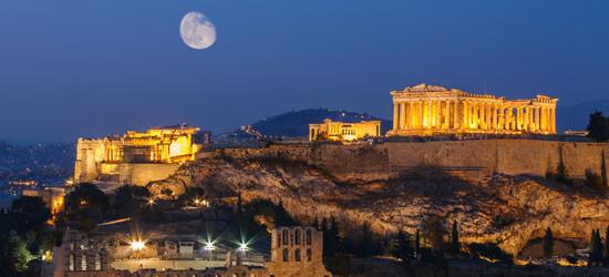 Partenón bajo el claro de luna